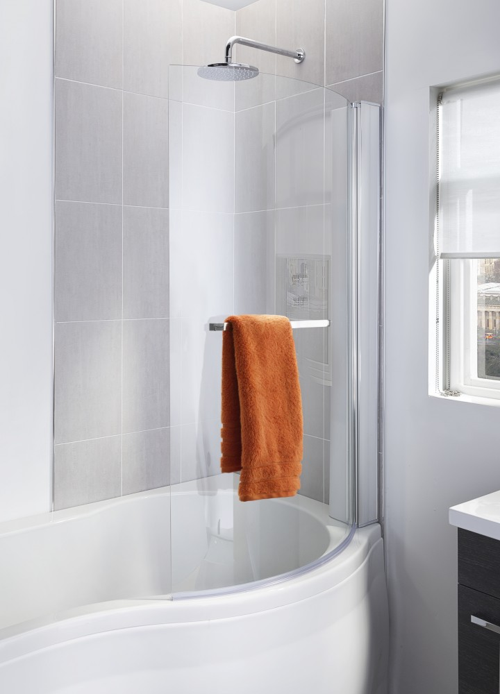 SHower Screen closed with towel rail