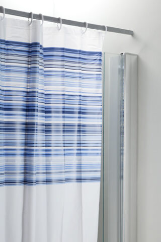 Deflector Screen & Shower Curtain